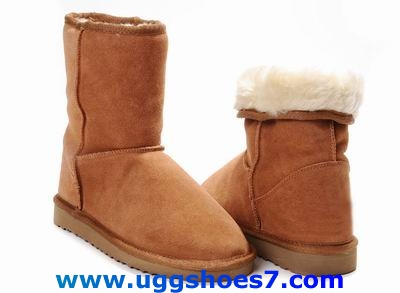 Ugg boots for sell, UGG 5825, Women's Classic Short