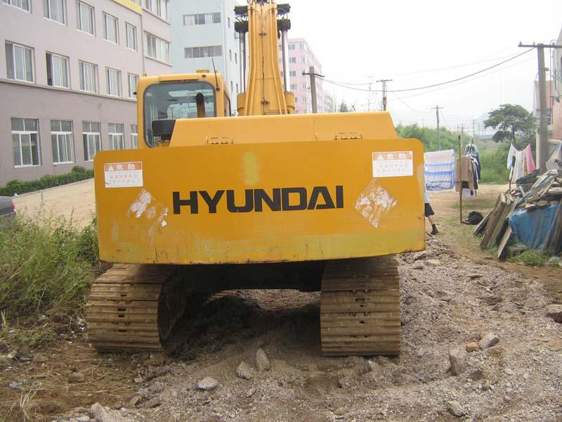 Used Hyundai 200-5 excavator
