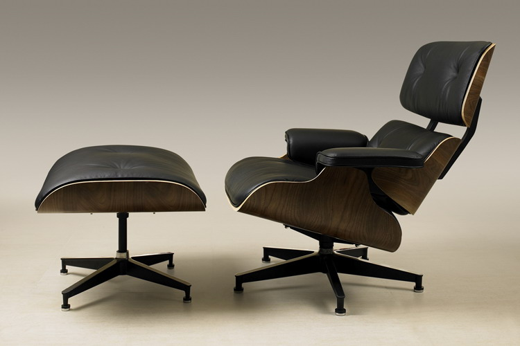 Eames Lounge Chair click on image to enlarge