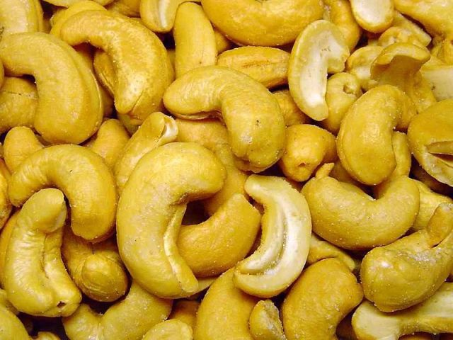 cashew nuts snack