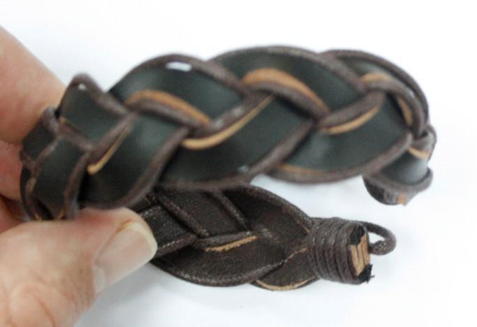 2011fashion jewelry leather bracelets