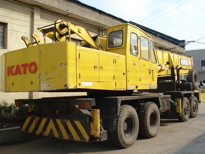 Used Kato35T truck cranes