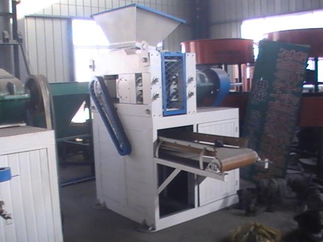 Briquette machine coal iron