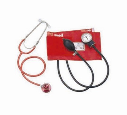 Aneroid sphygmomanometer and dual head stethoscope