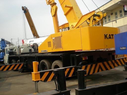 used truck crane payload 40 ton