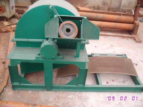 saw dust machine