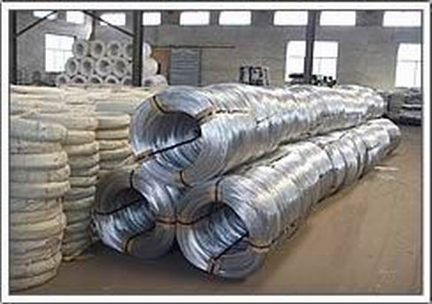 Mesh in rolls and wires for fences  Highquality fencing